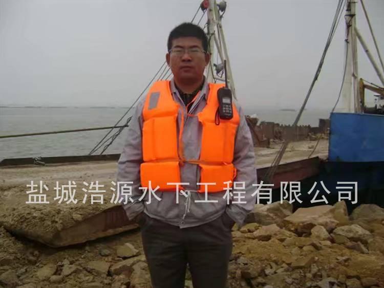 2012年盘锦港抛石