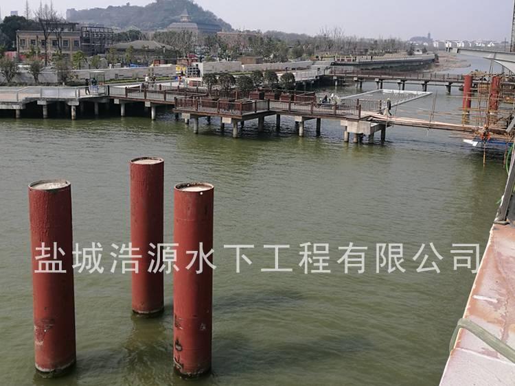 2017镇江港钢管灌注桩移除