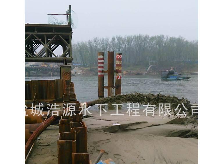 2016湖北钟祥钢围堰内吸泥